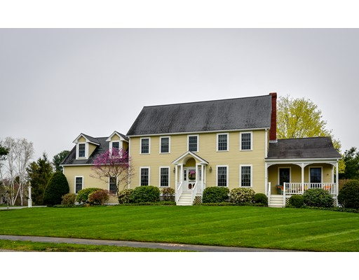 Single Family Home for Sale at 3 Claybrook Farm Road Medway, Massachusetts 02053 United States