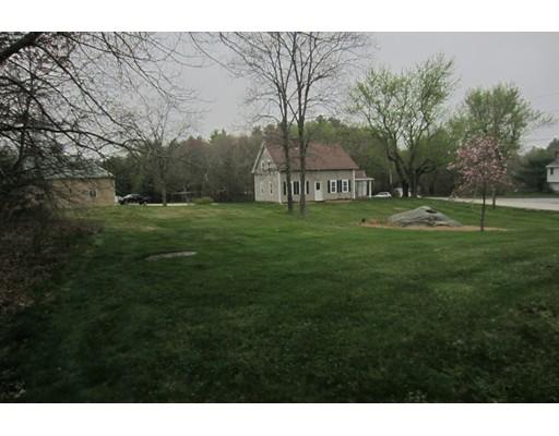 Частный односемейный дом для того Продажа на 93 Monroe Street Douglas, Массачусетс 01516 Соединенные Штаты