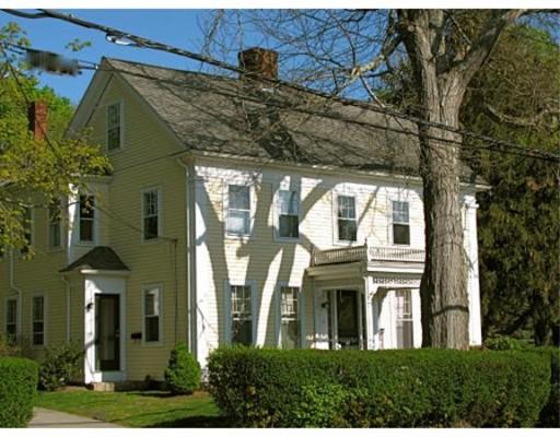 Casa Unifamiliar por un Alquiler en 8 East Street Hingham, Massachusetts 02043 Estados Unidos
