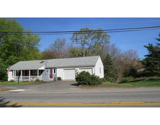 Single Family Home for Sale at 22 Main Street Plaistow, New Hampshire 03865 United States
