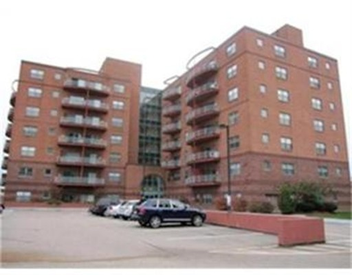 Additional photo for property listing at 100 W Squantum Street  昆西, 马萨诸塞州 02171 美国