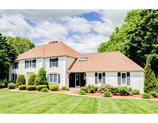 Maison unifamiliale pour l Vente à 23 Shoreline Foxboro, Massachusetts 02035 États-Unis