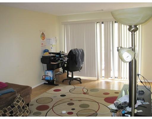 Single Family Home for Rent at 32 Shrewsbury Green Drive Shrewsbury, 01545 United States