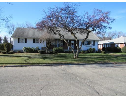 Casa Unifamiliar por un Venta en 40 Gilbert Street Chicopee, Massachusetts 01013 Estados Unidos
