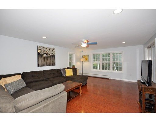 6 Ayer Rd, Acton, MA 01720