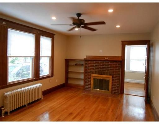 Additional photo for property listing at 9 Parkwood Ter  Boston, Massachusetts 02130 Estados Unidos