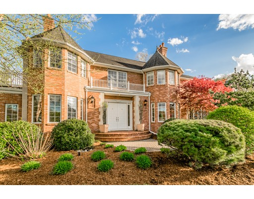 Casa Unifamiliar por un Venta en 134 Country Club Drive 134 Country Club Drive East Longmeadow, Massachusetts 01028 Estados Unidos