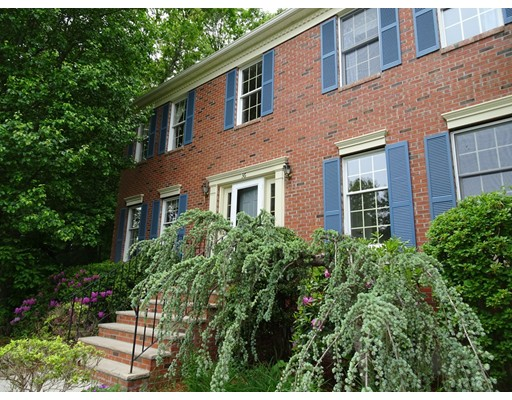 独户住宅 为 销售 在 36 Peter Street 霍里斯顿, 马萨诸塞州 01746 美国