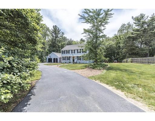 独户住宅 为 销售 在 266 Main Street Hanover, 马萨诸塞州 02339 美国