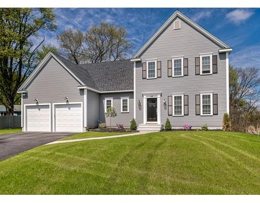 Частный односемейный дом для того Продажа на 42 East Main Street Southborough, Массачусетс 01772 Соединенные Штаты