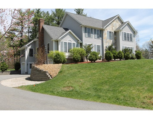Single Family Home for Sale at 20 Northland Road Windham, New Hampshire 03087 United States