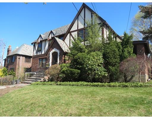 Casa Unifamiliar por un Alquiler en 59 Fellsmere Road Newton, Massachusetts 02459 Estados Unidos