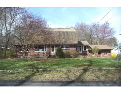 Single Family Home for Sale at 147 Sayles Hill Road North Smithfield, Rhode Island 02896 United States