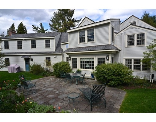 Single Family Home for Sale at 173 Holt Road Andover, Massachusetts 01810 United States