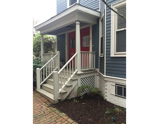 Casa Unifamiliar por un Alquiler en 1431 Cambridge Street Cambridge, Massachusetts 02139 Estados Unidos