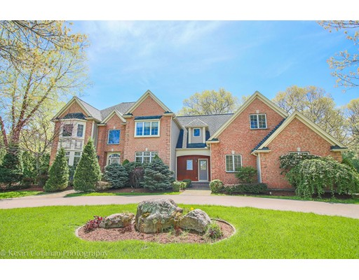 Single Family Home for Sale at 38 RUSSET HILL Road Franklin, Massachusetts 02038 United States