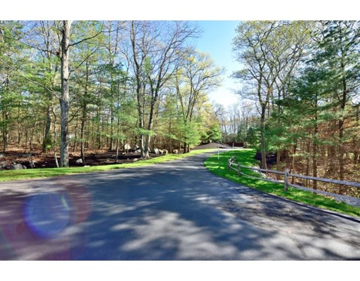 25 Sunset Rock Road, North Andover, MA 01845