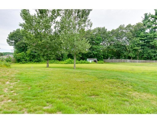 Single Family Home for Sale at 9 Boyds Lane Chelmsford, Massachusetts 01824 United States
