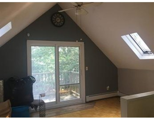 Additional photo for property listing at 370 Main Street  Winthrop, Massachusetts 02152 United States