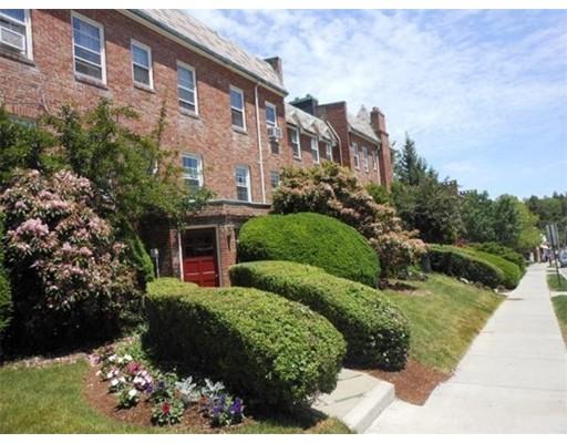 Casa Unifamiliar por un Alquiler en 39 Commonwealth Avenue Newton, Massachusetts 02467 Estados Unidos