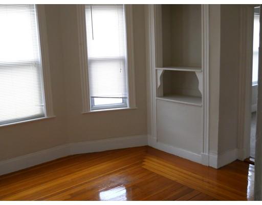 Additional photo for property listing at 142 Dakota Street  Boston, Massachusetts 02124 United States