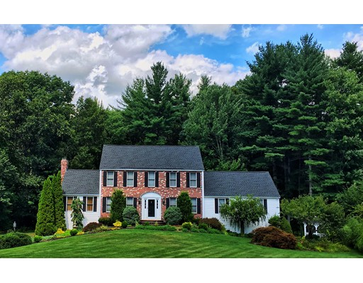Single Family Home for Sale at 32 Ridge Road Pepperell, Massachusetts 01463 United States