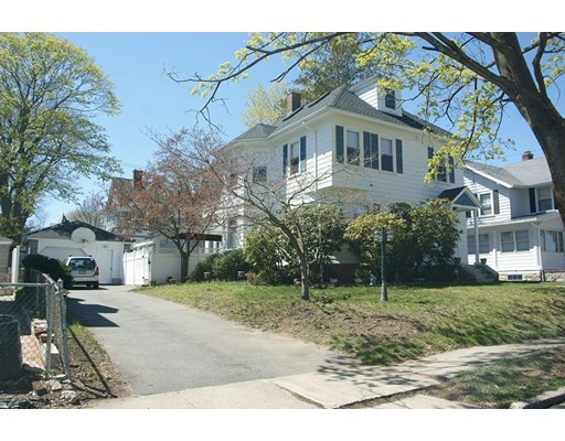 独户住宅 为 销售 在 30 Olive Street Methuen, 马萨诸塞州 01844 美国
