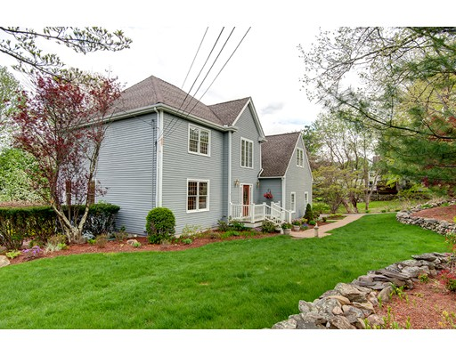 Single Family Home for Sale at 54 Flagg Road Southborough, Massachusetts 01772 United States
