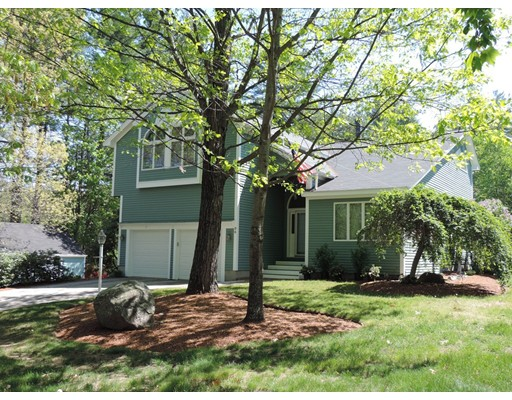Single Family Home for Sale at 96 Parkhurst Road Dunstable, Massachusetts 01827 United States