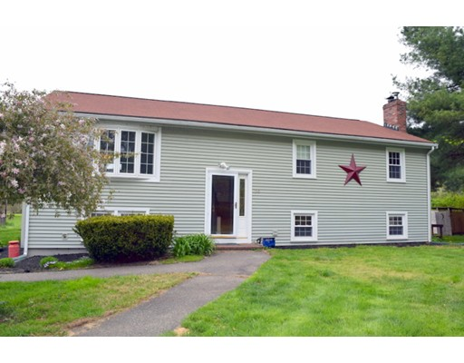 Single Family Home for Sale at 350 Pond East Bridgewater, Massachusetts 02333 United States