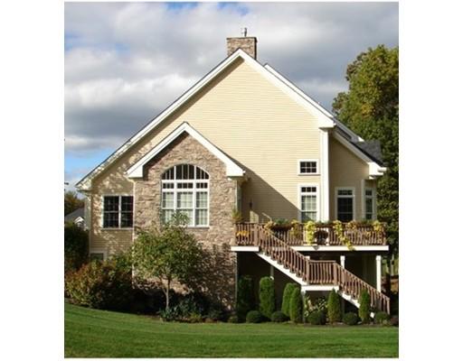 Appartement en copropriété pour l Vente à 67 Clubhouse Way 67 Clubhouse Way Sutton, Massachusetts 01590 États-Unis