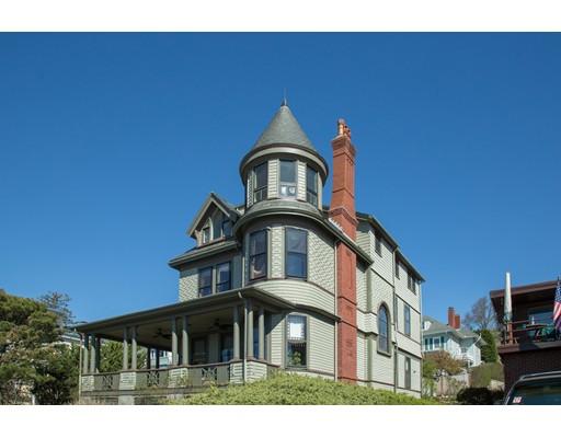 Maison unifamiliale pour l Vente à 322 Humphrey Street 322 Humphrey Street Swampscott, Massachusetts 01907 États-Unis