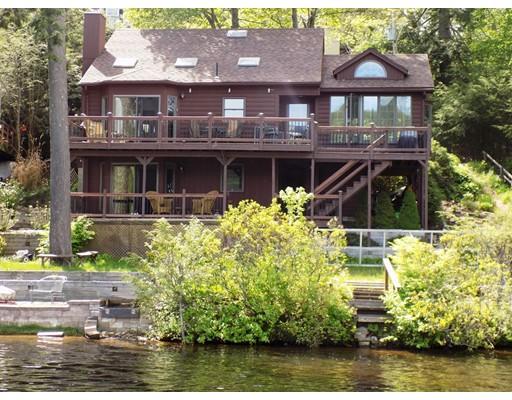 Maison unifamiliale pour l Vente à 8 N Leisure Drive Holland, Massachusetts 01521 États-Unis