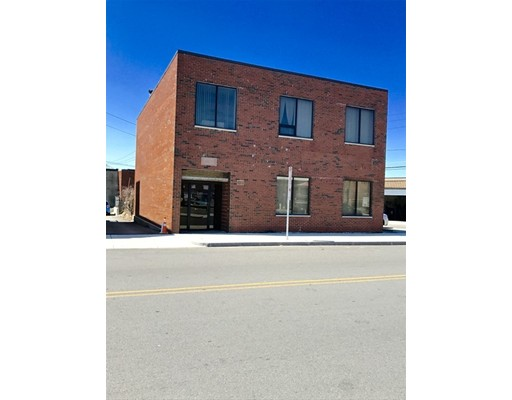 Commercial للـ Sale في 248 Everett Avenue Chelsea, Massachusetts 02150 United States