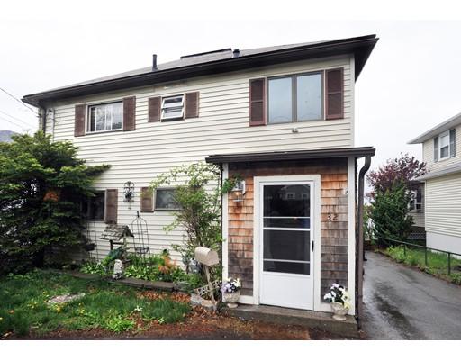 Maison unifamiliale pour l Vente à 32 Ocean Avenue Weymouth, Massachusetts 02191 États-Unis