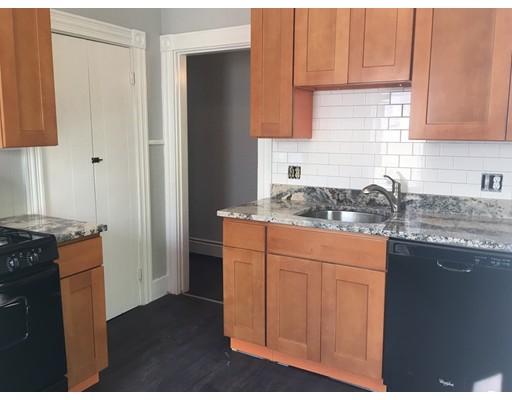 独户住宅 为 出租 在 54 Streetetson Street Whitman, 02383 美国