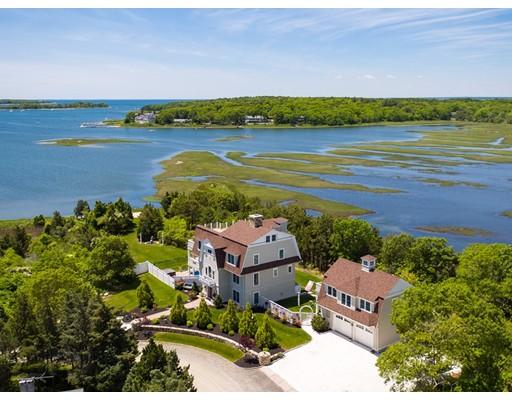 Частный односемейный дом для того Продажа на 45 Cove Lane Bourne, Массачусетс 02559 Соединенные Штаты