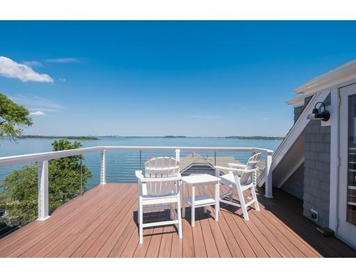 Частный односемейный дом для того Продажа на 18 Malcolm Street Hingham, Массачусетс 02043 Соединенные Штаты