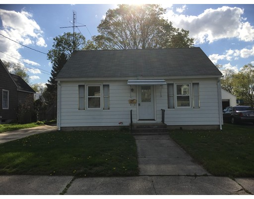 Additional photo for property listing at 104 Grandview Street  Springfield, Massachusetts 01118 Estados Unidos