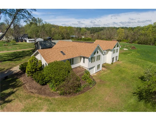 Single Family Home for Sale at 399 Roseland Park Road Woodstock, Connecticut 06281 United States