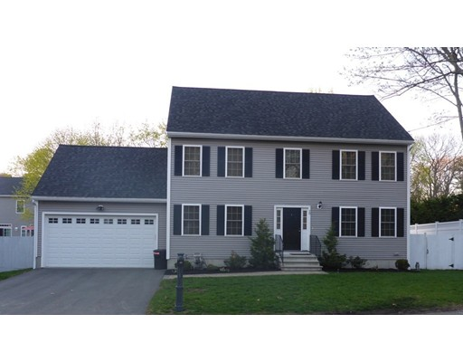 Single Family Home for Sale at 20 Edgemere Street Melrose, Massachusetts 02176 United States
