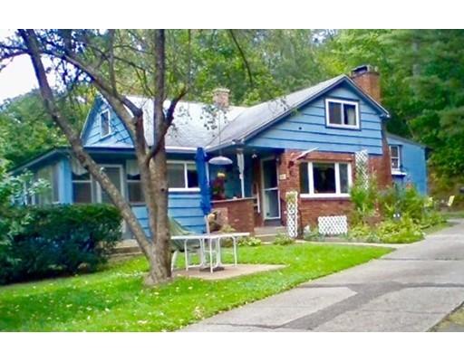 独户住宅 为 销售 在 24 Wilbraham Road Hampden, 马萨诸塞州 01036 美国