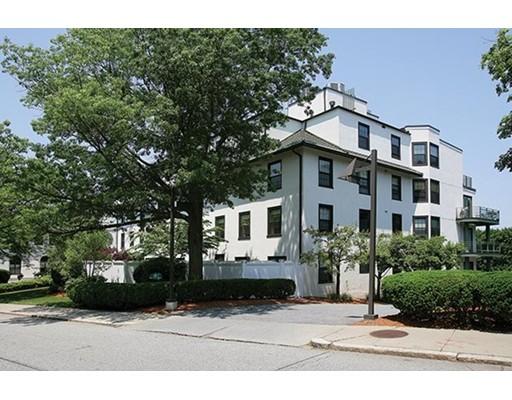Casa Unifamiliar por un Alquiler en 227 Summit Avenue Brookline, Massachusetts 02446 Estados Unidos