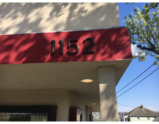 1152 Riverside Ave 1R, Somerset, MA 02726