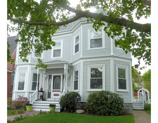 独户住宅 为 出租 在 455 Main 斯托纳姆, 马萨诸塞州 02180 美国