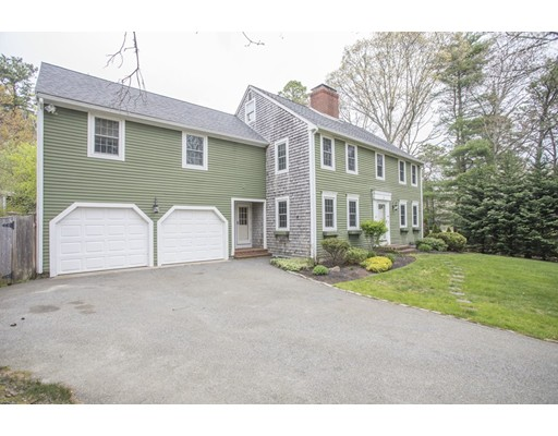 Single Family Home for Sale at 4 Sheep Pasture Way Sandwich, Massachusetts 02537 United States
