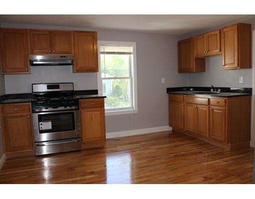 独户住宅 为 出租 在 344 Granite Street 昆西, 马萨诸塞州 02169 美国