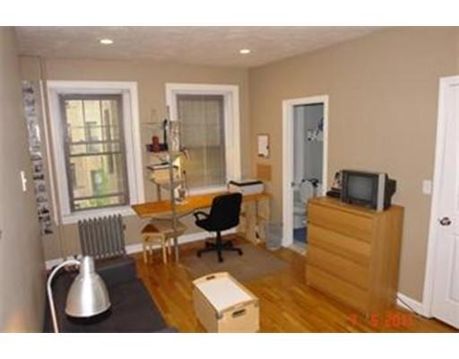 独户住宅 为 出租 在 60 QUEENSBERRY Street 波士顿, 马萨诸塞州 02215 美国