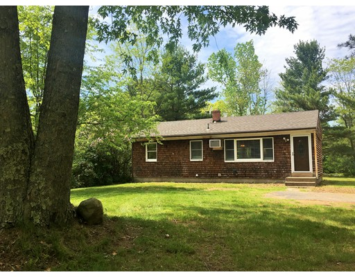 Single Family Home for Sale at 201 Federal Street Belchertown, Massachusetts 01007 United States