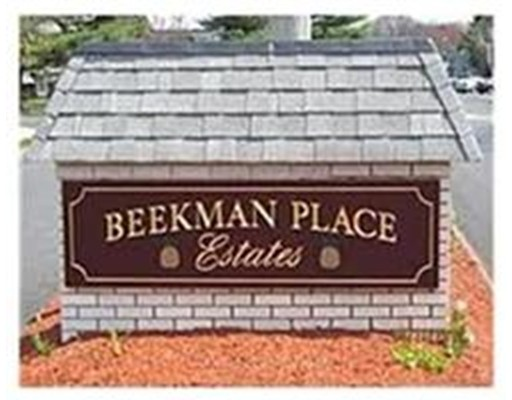 98 Beekman Drive 98, Agawam, MA 01001